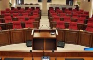 Meclis, UBP'nin grup toplantısını bekliyor