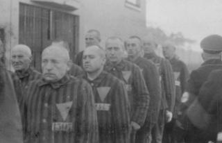 100 yaşındaki Nazi subayı 3 bin 500'ü aşkın...