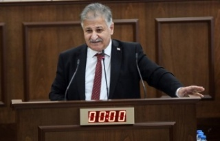 "Ali Pilli, Başbakan'a sordu: ""Kabinede uyuduğumu..."