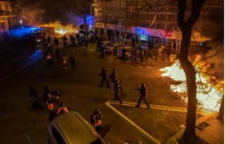 İspanya'da sokaklar karıştı: Gösteriler...
