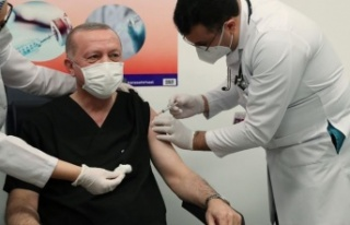 Recep Tayyip Erdoğan, koronavirüs aşısının ikinci...