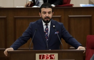 Bertan Zaroğlu'ndan Erhan Arıklı'ya: 'Ben...