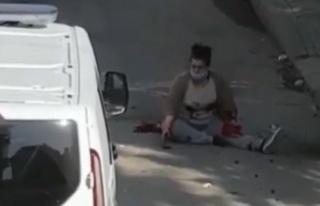 Eski eşi tarafından sokak ortasında bıçaklanan...