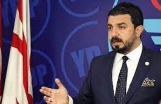 """Bertan Zaroğlu: """"Başkanlar değişebilir, kalıcı..."""