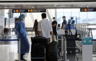 Güney Kıbrıs'a Turistler gelmeye başladı