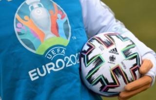 EURO 2020 açılış maçında Türkiye İtalya ile...