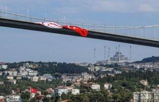 15 Temmuz Şehitler Köprüsü'ne Türk ve KKTC...
