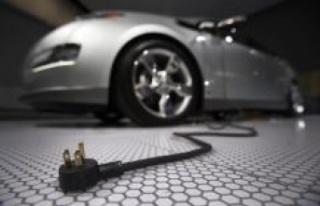 Elektrikli otomobile geçip benzin kokusunu özleyenlere...