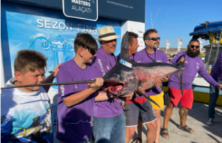 Kıbrıslı Balıkçılar Alaçatı'da şampiyon...