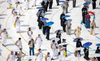 Suudi Arabistan'dan hac ibadeti için aşı şartı