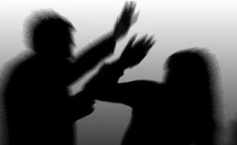 Kendisiyle ilişkiye girmemesini sorgulayan kız arkadaşını dövdü