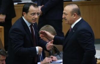 """Hristodulidis: """"Müzakerelerin hemen başlaması önemli"""""""