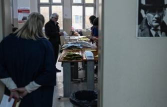 İstanbul'da 10 milyon seçmen yarın sandık başına gidiyor