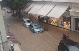 Sağanak yağış Girne'yi vurdu