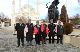 Iğdır'da Yunan vekil KKTC bayraklarıyla protesto edildi