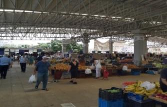 Mağusa'da Perşembe Pazarı'nın kurulması yasaklandı, pazarcılar öfkeli