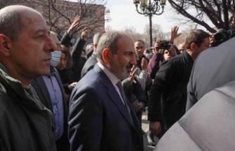 Ermenistan ordusu Başbakan Paşinyan ve hükümetin istifasını talep etti