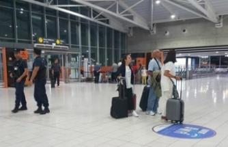 Güney Kıbrıs havalimanlarını turiste açıyor