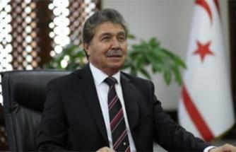 """Sağlık Bakanı Ünal Üstel: """"Varyant testleri KKTC'de yapılacak"""""""