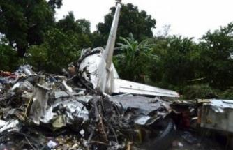 Yolcu uçağı düştü