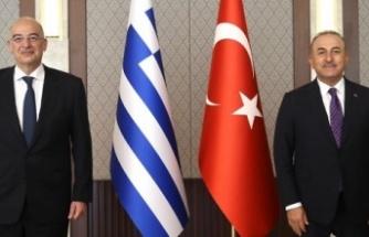 """Çavuşoğlu ile Dendias görüşmesi Rum basınında: """"Diplomatik dili unuttular"""""""