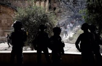 Gazze'ye saldırılar sürüyor, İsrailli yetkililer tehditlere karşı 'bedel ödeteceklerini' söylüyor