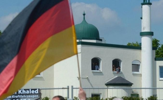 Almanya İçişleri Bakanlığı Müsteşarı: Alman Müslümanlar için asıl ihtiyacımız olan şey Almanya'ya ait bir İslam
