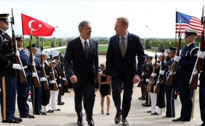 ABD Savunma Bakanı Vekili Shanahan: Bakan Akar'la telefonda S-400 ve F-35 görüşmesi yapacağım