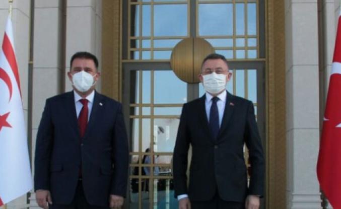 Başbakan Ersan Saner, Fuat Oktay'la bir araya geldi