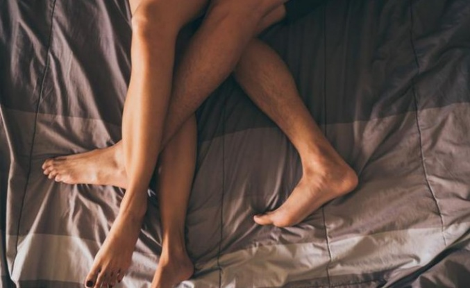 Bel ağrısı için güvenli cinsel ilişki pozisyonu