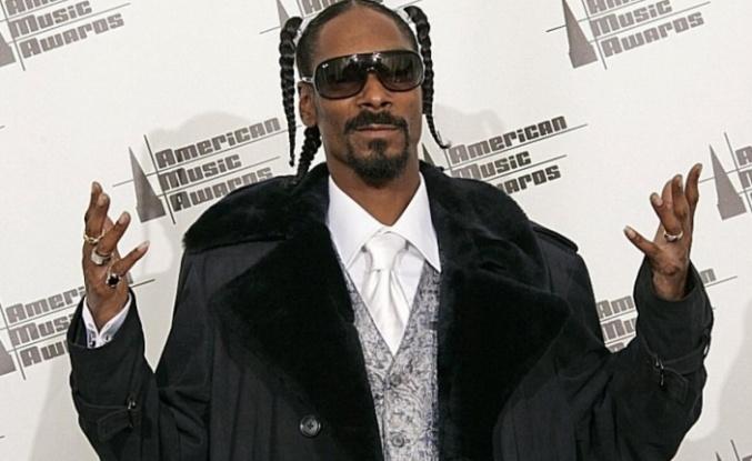 Snoop Dogg, Barack Obama'yla esrar içtiğini ima etti