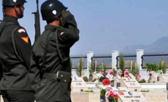 Hamit Hilmi, pazartesi günü askeri törenle Tekke Bahçesi'ne defnediliyor