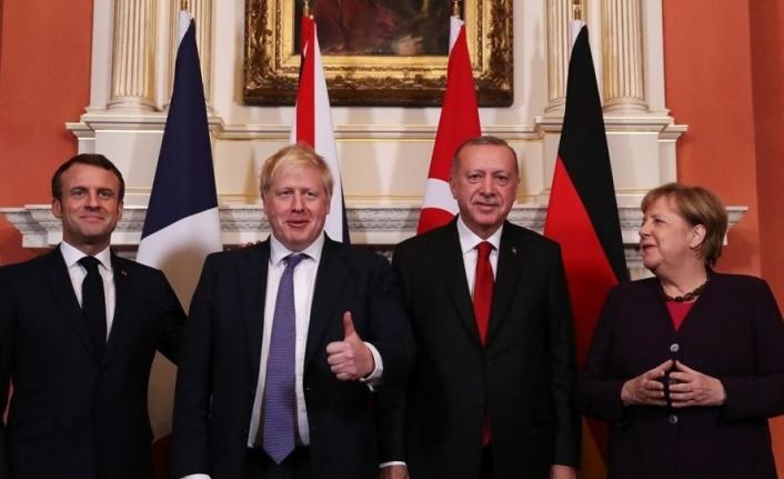Macron ülkesinden çok Güney Kıbrıs'ı savundu