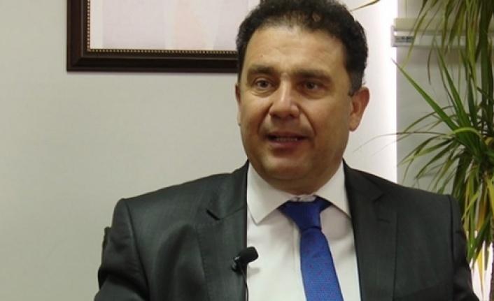 """Ersan Saner: """"Kıbrıs Cumhuriyeti'nin Rum Cumhuriyeti olduğu iddia edilirse, ben de pasaportumu iade edeceğim"""""""